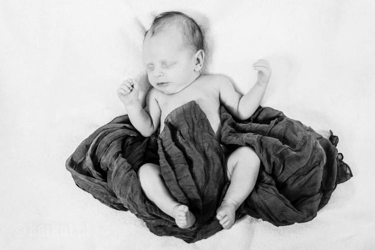 Check This Out NewBorn Photography Baby Boy Newborn Artistic Photography Baby Love Is In The Air Nikon D600 EyeEm Poland Blackandwhite