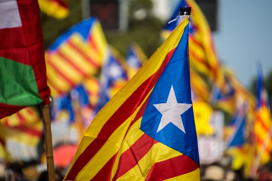 Diada 2018. Catalan demonstration in Barcelona. 11setembre Diada2018 Diada Catalan Catalonia Catalunya Independence Day Demonstration Estelada Flag Flags In The Wind  Group Of People Manifestation Outdoors Political Prisoners