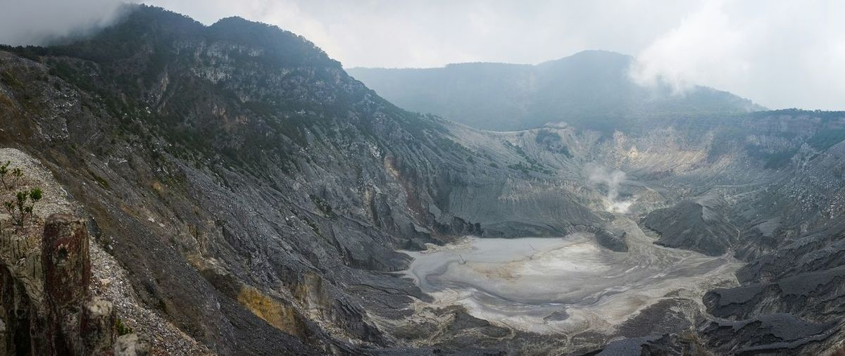 Sulfuric Crater Of Tangkuban Perahu