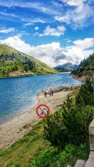 Lago della