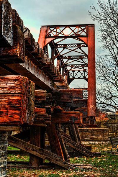 Bridge Train HDR Hdr Edit