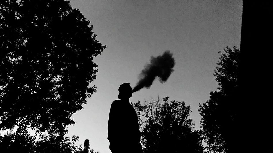 Smoke Joint Smoking Bboying Relaxing Hello World Dancer Enjoying Life That's Me Art, Drawing, Creativity Street DANCE ♥ Concert First Eyeem Photo Live Music Strret Art SummertimeCheese! Enjoying Life Black&white Folowme Folowforfollow