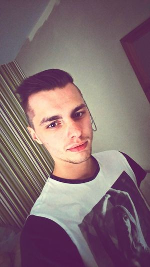 Hello ladies and gentlemen, what do you think of my new haircut? Hanging Out Taking Photos Check This Out That's Me Hello World Hi! Enjoying Life Thoughts?  Selfie ✌ New Haircut