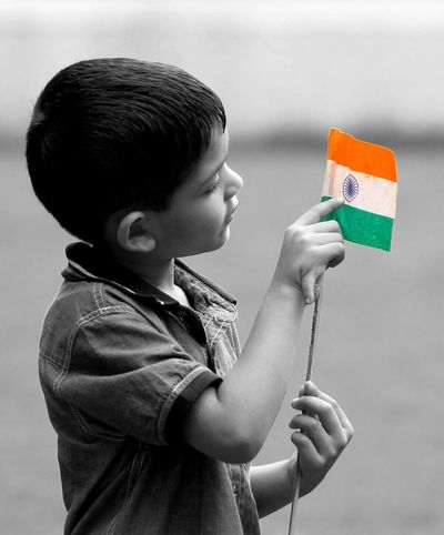 Kid Childhood Respectful Holding One Boy Only Indianflag Indianflag Respect Pride Salute To The Flag Salute To Child Lovecountry Loveindia Proudindian