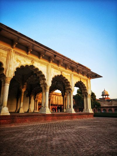 Agra Fort Diwan E Aam EyeEm Best Shots Gpmzn Leica Photography. Agra Fort At Sunset King - Royal Person City Place Of Worship Sky Triumphal Arch Bas Relief Carving Monument Architectural Column Place Of Interest Archaeology National Monument