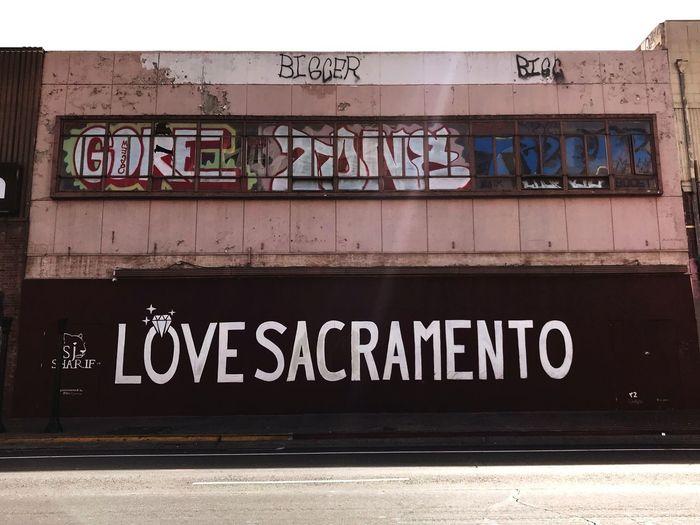 Sac Grafitti Grafitti Writing Grafitti Tags Grafitti Art. Grafitti Street Art Text Western Script Communication Graffiti Day Outdoors Built Structure Architecture Building Exterior No People