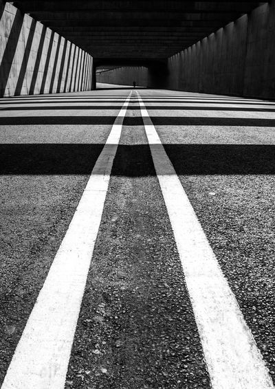 Diminishing perspective of road