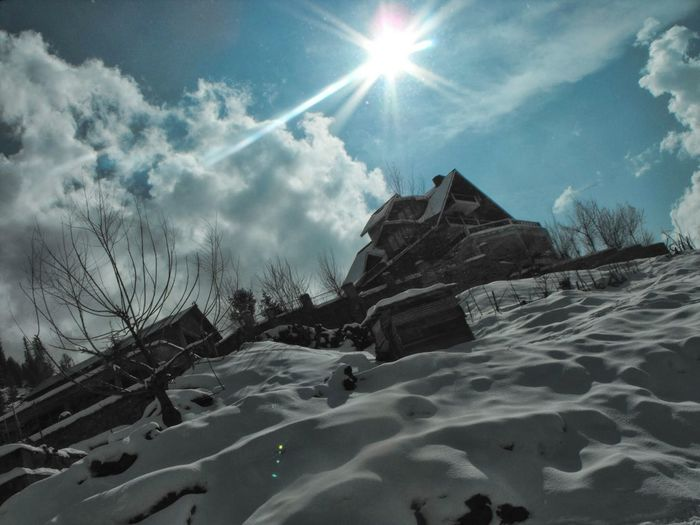 Snow ❄ Snow Covered Snowcapped Manali India ManaliMoments Manalitripwithfriends Manali2014 Snowwhite Photography Fujifilm Finepix SL1000 Fujifilm