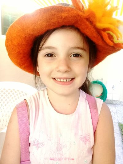 nice Smile Children Happiness Pretty Inocence  Hat Girl First Eyeem Photo This Is Latin America Visual Creativity