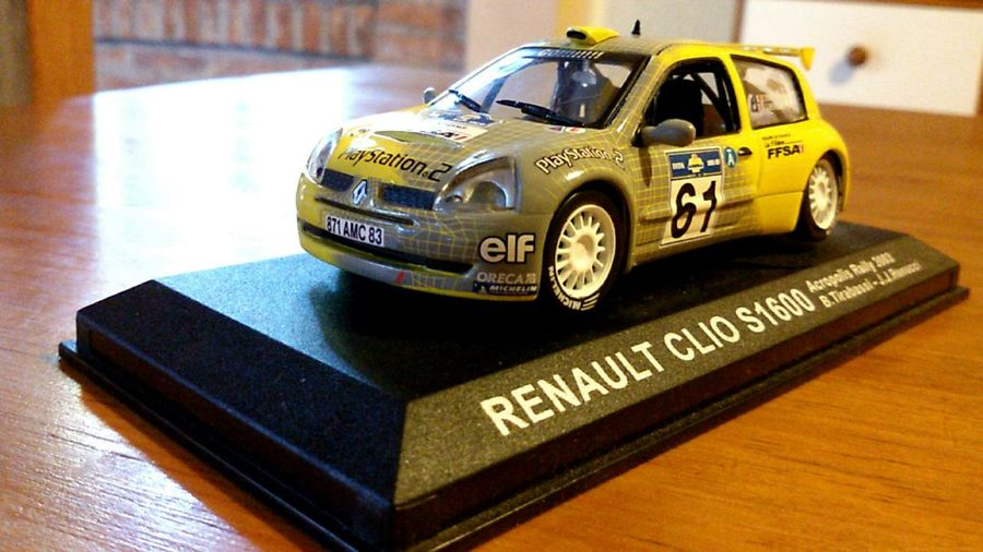 My car Renault Clio Collectioncar Yellow Elf 61 Playstation2 Equipedefrance LaFiliére FFSA