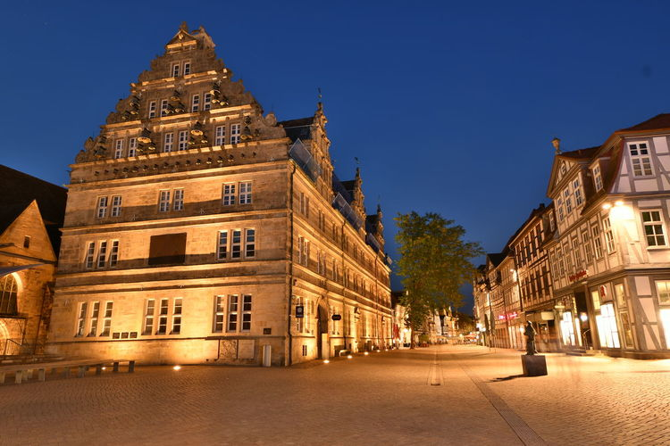 Nachts in Hameln Hameln Sandsteingebäude Weserrenaissance Architecture Blue Building Building Exterior Built Structure Bulb City Clear Sky Direction Dusk History Illuminated Langzeitbelichtung Lighting Equipment Nature Night No People Outdoors Sky Street The Past The Way Forward Capture Tomorrow