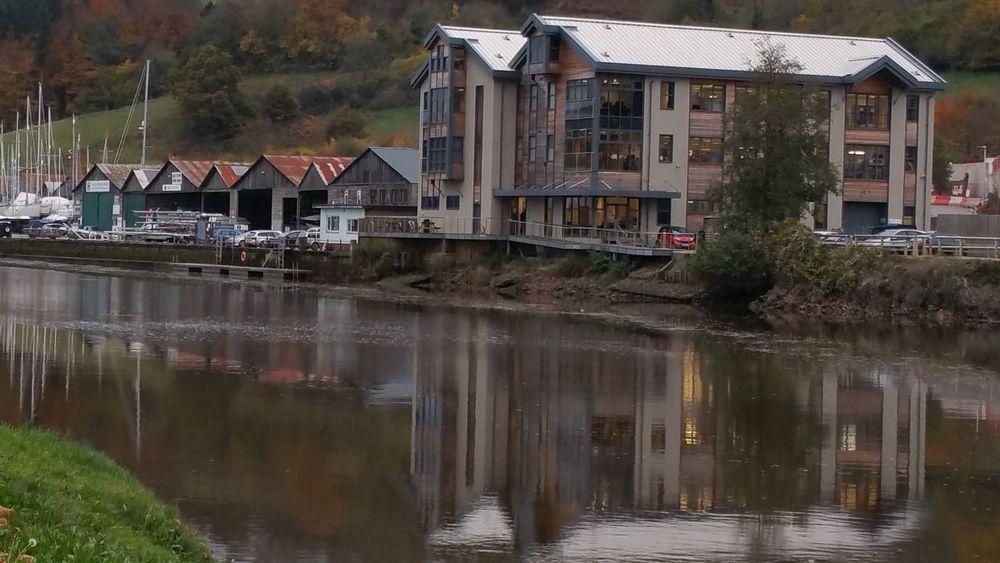 Totnes Reflection Building Exterior Water Outdoors