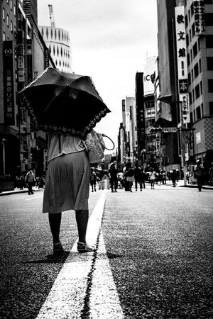 35mm Urban Lifestyle Everybodystreet Leicacamera EyeEm Best Shots AMPt - Street Street Photo Eye4photography  Tokyo Street Photography Street Life Light And Shadow Street Photography People Streetphotography Capture The Moment Blackandwhite Black And White Eye4black&white  Monochrome Streetphoto_bw Bw_collection NEM Black&white EyeEm Bnw Film Photography 35mm Film