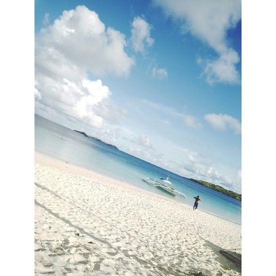 I want to go back. Beach Calaguas @happyoinkoink @r_inocen