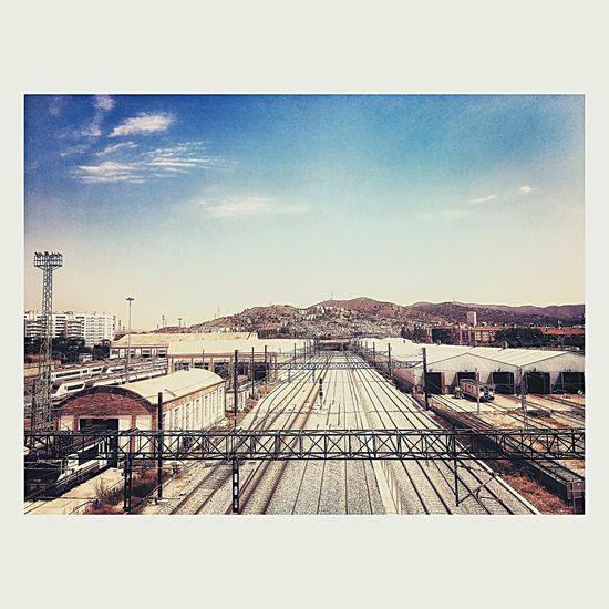 The Wonde/La Herida Architecture View Barcelona Train Train Station Railway City