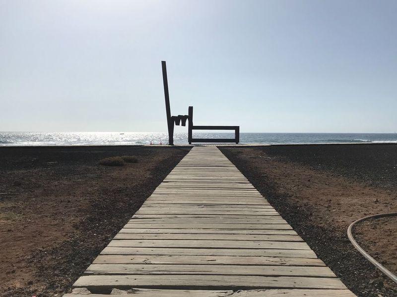 Mano cornuta No People Sky Water Sea Horizon Horizon Over Water Beach Beauty In Nature Day Outdoors Nature Land Wood - Material
