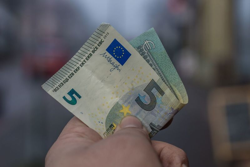 A money shot. Human Hand Focus On Foreground Human Body Part One Person Wealth Real People Holding Money Indoors  Currency Close-up Savings Paper Currency Lifestyles Day People 5€ 5 Euros Euro Bank Notes Euro Bill Be. Ready.