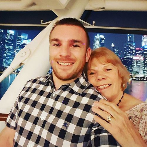 Selfie with my mum Singapore ASIA Louisvuitton Mbs Marinabaysands Happy Smile Freckles Frecklesfordays Me Mum Family Louisvuittonisland