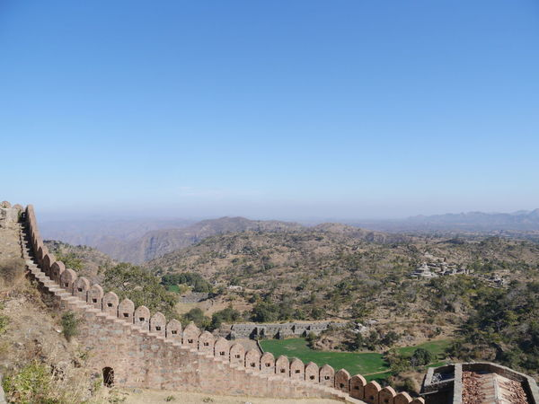 Aravalli Mountain Range Day Great Wall Of India Kumbhalgarh Kumbhalgarh Fort No People Outdoors Rajasthan Sky Minimalism Minimalist Architecture