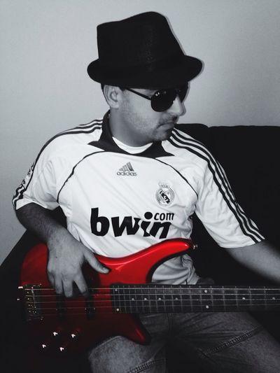 Music That's Me Bass Musician