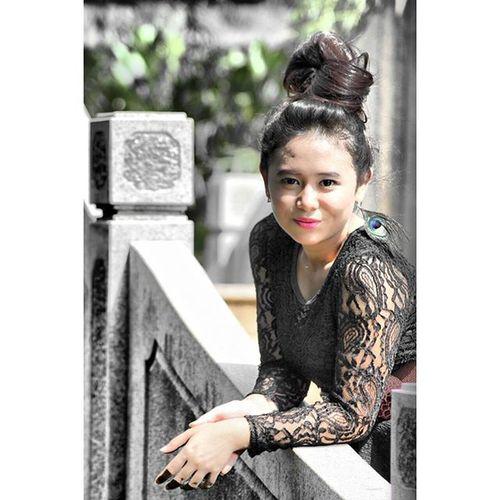 The Bridge... Talent : Sailatul Arasiyah @sailarasiyah Tamanbudayationghoa Canon Jakarta INDONESIA Model Newbiemodel