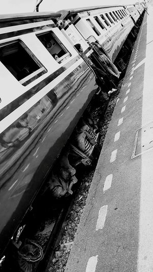 The Train Train Station People In The Train Train In Thailand Perspective Train Perspective View View Photo Black And White Black And White Photography