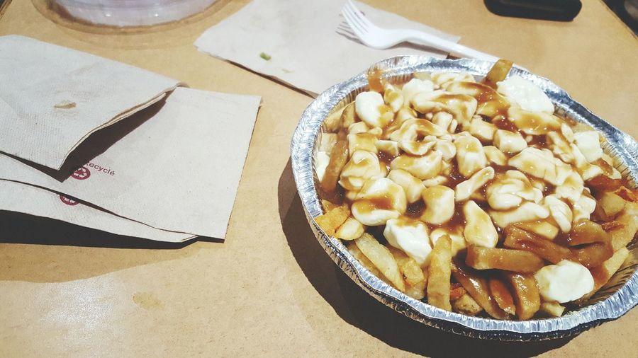 Food Ready-to-eat Close-up Quebecois Cheese Curds Potatoe Fries Gravy Poutine Chez Ashton's Ashton  Ville De Québec