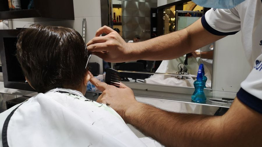 Barber Body Care Occupation Beauty Customer  Women Human Hand Business Finance And Industry Human Hair Mirror Barber Shop Cutting Hair Hairdresser Hair Dryer Scissors Hairbrush Hair Curlers Cutting Hair Salon Razor Hair Care Combing Comb Beautician