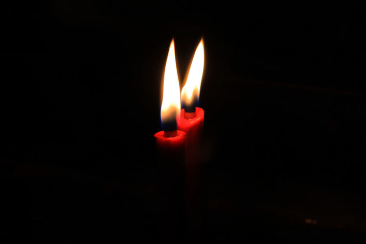 candle flame in