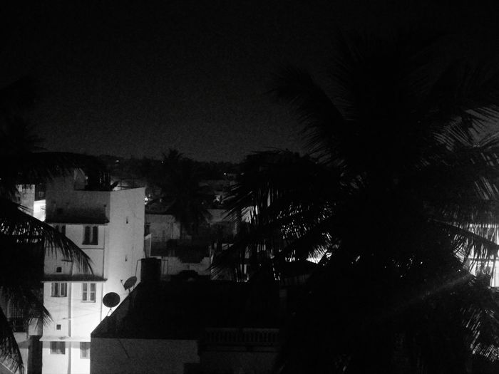 Taking Photos Mobile Photography Check This Out Everyday Life Night Photography Black & White