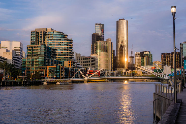 EyeEm Selects Melbourne Sunset City Life Urban Skyline Architecture Modern Outdoors Skyscraper Golden Hour Australia Vacations