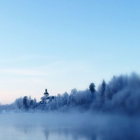 A bit chilly today ☺️ -22 when I was out taking pictures 💁 this is Gagnefs church, on the side of the river Österdalälven ❄️💙❄️ Its Cold Outside Vackra Dalarna EyeEm Best Shots Tadaa Community EyeEm Nature Lover Eye Em Best Shots Showcase: January
