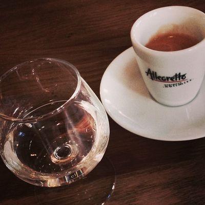 Das halbe Herrengedeck... #prost Coffee Yummy Espresso Kaffee Schnapps Schnaps Prost Herrengedeck Badenwuerttemberg Immendingen Brennerhof