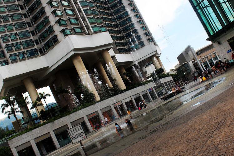 Chlidren Fountain HongKong Outdoors Playing Snap A Stranger Travel Destinations Water