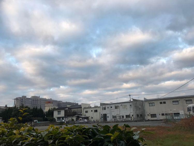 今朝の空 Building Exterior Architecture Built Structure Sky City Cloud - Sky House Residential Building No People Outdoors Cityscape Day Nature Iphone7 Love Japan Behappy 福岡県 12月 空 お疲れ様 ダイエット 仕事 土曜日
