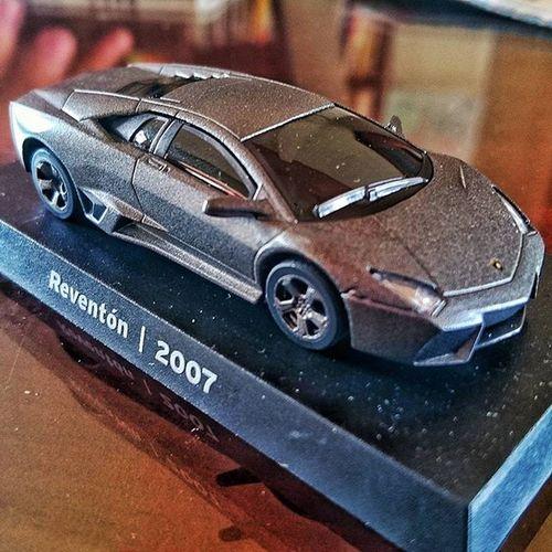 藍寶堅尼蒐集日誌 07年經典款Reventon。 蒐集全部的車車