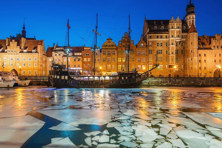 Gdansk after sunset | Illuminated Architecture Building Exterior Twilight Water City Night Outdoors Built Structure Sky Cityscape No People Old Ship Pirat Ship Port River Winter Ice Night Photography Poland Gdansk Old Town