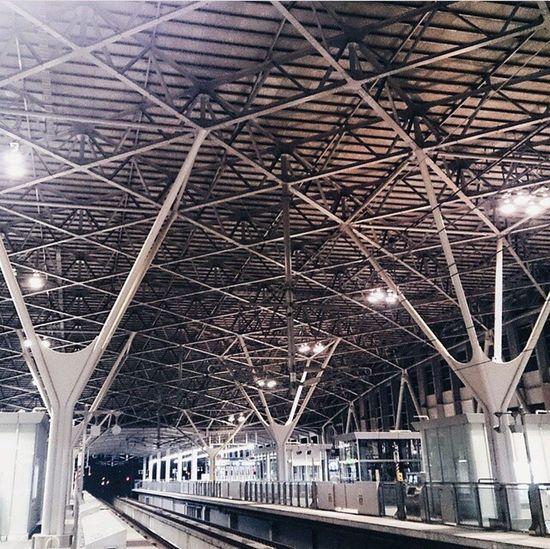 新鳥栖駅 TosuStation Station