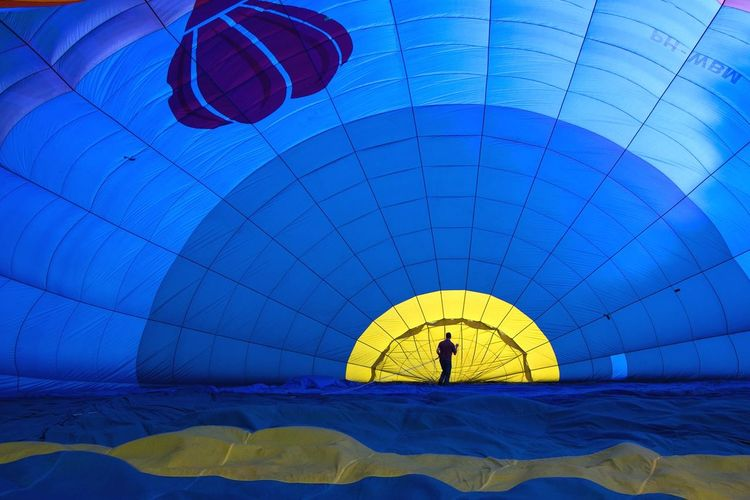 BIG Hotairballoon Balloon Bleu Colourful Human Adventure From My Archives Enyoing Life Swaanfotografie