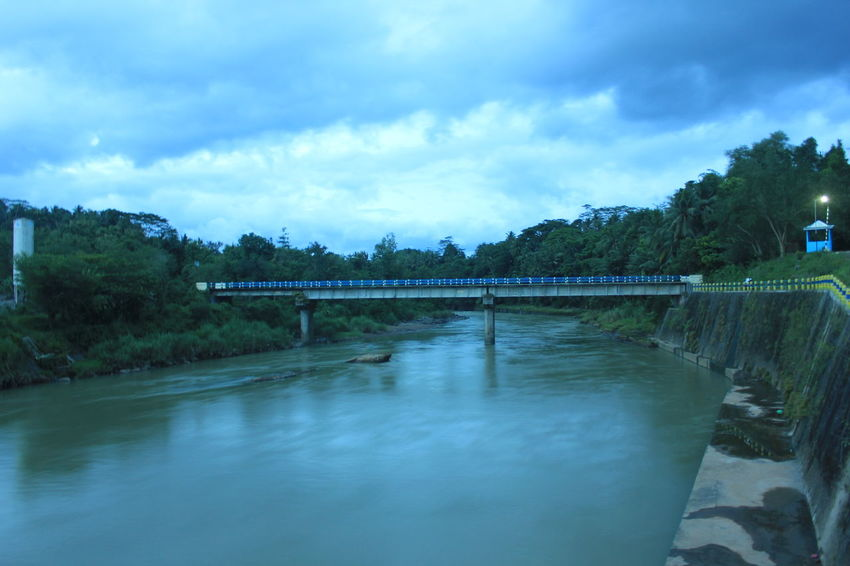 River Collection River River Walk Riverside Photography Riverbank Beautiful Nature Sky Water Bridge - Man Made Structure Floors Transportation Beauty In Nature Bali Beach Artistic Photo How To Save A Life Minimalist Architecture
