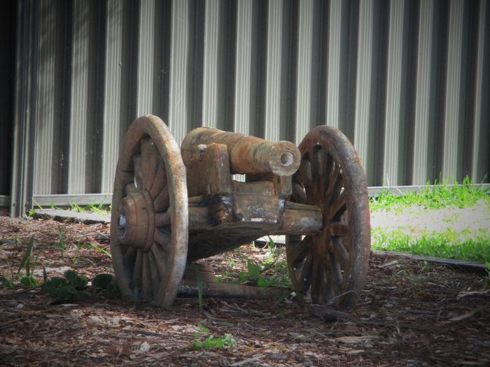 Antique Australia Great To Have Look At This Love Old Stuff Machinery Old Canon