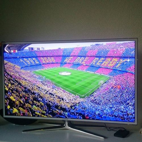 Gotta be a hell of a job to put out 99.700 pieces of paper on every seat.. Welldone👏👏👏 Barcatifo Barcasupporters FCBarcelona