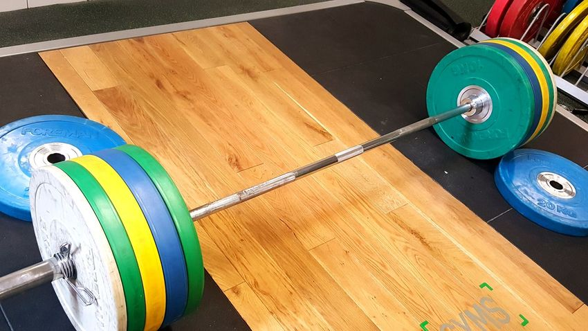 EyeEm Selects Gym Gym Time Weights Weightlifting Barbell Lifting Lifting Weights Deadlift Sets Feel The Burn Muscle Fitness Fitness Training Fitness Time Training Working Hard Do You Even Lift? Do You Even Lift Bro ..........