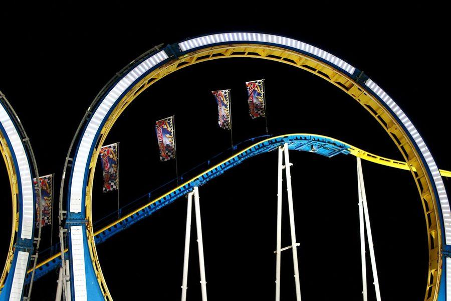 Night Photography Fair Roller Coaster Rollercoaster Looping Going On Rides Enjoying Life Hamburger Dom Fairground Nightshot