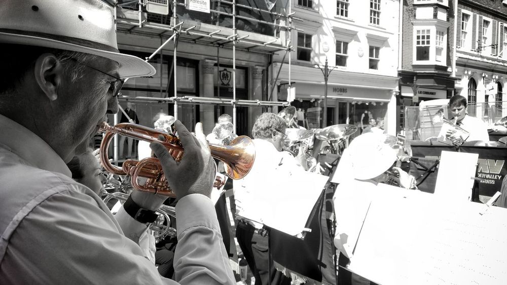 Taking Photos Check This Out Streetphotography Enjoying Life Urban Talking Pictures Selective Color Eyeemphotography Eye4photography  EyeEmBestPics Our Best Pics Blackandwhite Focus On Foreground EyeEm People Together Band Trumpet EyeEm Best Edits EyeEm Best Shots EyeEmBestEdits EyeEmbestshots Close-up Brass Band Street Photography Performance