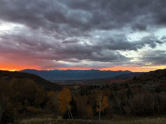 this sky, showing me some love before i head out of here for the next few days. Utah Wasatch County Sunset Mountain Range