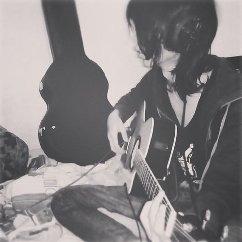 Ceritanya 30% Acoustic Guitar Yamaha Sasvrita