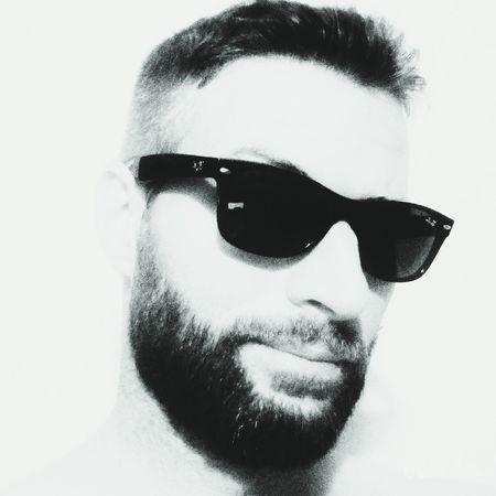 Men Style Rayban Beard Artistic