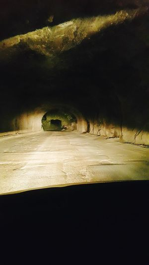 Tonnel Road Roadtrip Night