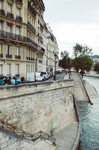 Close to the river Cars City City Life Paris Architecture Building Exterior Built Structure City Day Large Group Of People Outdoors People River Sky Street Tree Urban Design Urban Landscape Water